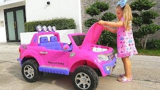 Диана и День подарков для детей! Откуда новые игрушки? Diana pretend play with Toys for Children