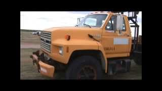 1987 Ford F700 flatbed truck for sale | sold at auction October 31, 2013