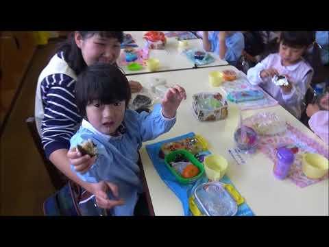 笠間 友部 ともべ幼稚園 子育て情報「はじめてのおにぎりお弁当(年少)」