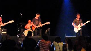 """Armor For Sleep """"Run Right Back In"""" (souncheck) - 09.19.2015 Philly"""