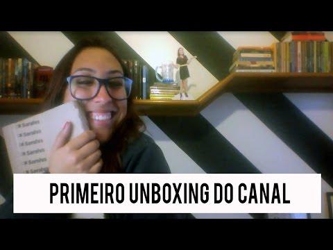 Primeiro unboxing do canal  | Rebecca Victória
