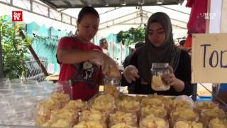 Chinese ngaku snack a hit with Malays during CNY
