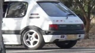 preview picture of video 'Miki's Peugeot 205 GTI MI16 .avi'