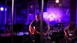 Video Alfik&KruppEssen - Delon z předměstí LIVE