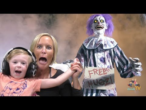 Kid Reacts To 2018 Spirit Halloween Animatronics! | DavidsTV