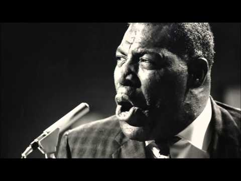 Howlin' Wolf - Can't Stay Here