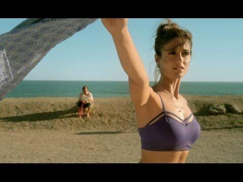 Download Ileana D'cruz strips on the road for Saif HD Video