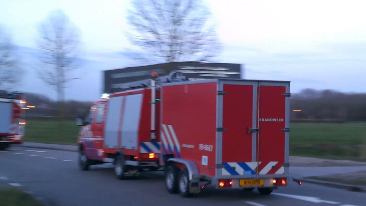 Brandweer Dordrecht & Regio Utrecht met spoed naar een Grote brand in Dordrecht
