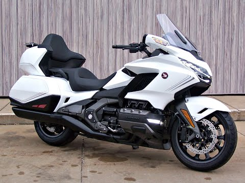 2020 Honda Gold Wing Tour Automatic DCT in Erie, Pennsylvania - Video 1