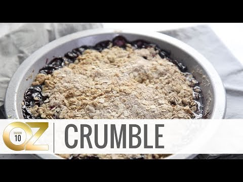 How to Make a Healthy and Easy Blueberry Crumble