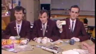 Doug Anthony All Stars - first ever TV appearance (an extra bit)