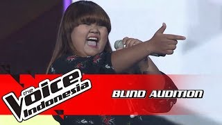 Artha - Mama Knows Best | Blind Auditions | The Voice Indonesia GTV 2018
