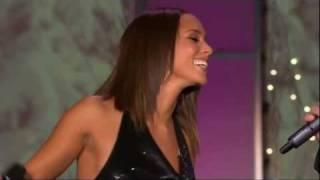 [HD] Alicia Keys & Tim McGraw - Happy Xmas (War Is Over) on Oprah