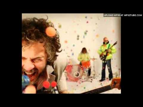 CAN'T GET YOU OUT OF MY HEAD- COVRED BY THE FLAMING LIPS