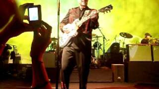 "Chris Isaak - ""Ring of Fire""  Melbourne - 20/3/11"