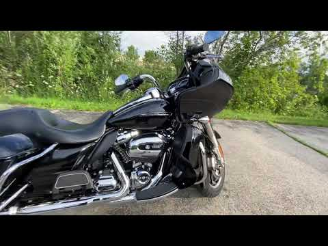 2018 Harley-Davidson Road Glide® Ultra in Muskego, Wisconsin - Video 1