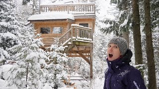 EXPLORING TREEHOUSE-STYLE WINTER CABINS AND HIKING IN A SNOWSTORM! (4K) DAY 2