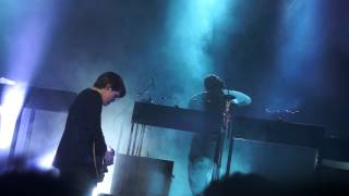 "The xx ""Reconsider"" @Fox Theater Oakland California 5/30/13"