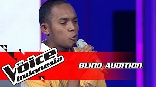 Aldo - Langit Abu-Abu | Blind Auditions | The Voice Indonesia GTV 2018