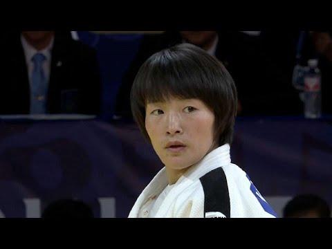 العرب اليوم - اليابانية آبي أوتا تفوز بالميدالية الذهبية في مسابقة هوهيهوت للجودو