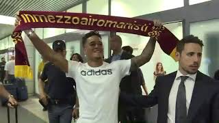 The Scenes At The Airport When Justin Kluivert Landed In Rome