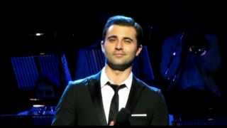 Darius Campbell singing 'From Russia With Love'