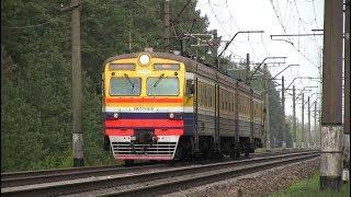 Электропоезд ЭР2Т-7116 на о.п. Дарзини / ER2T-7116 EMU at Darzini stop