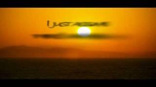 Dido - Who Makes You Feel [LYRICS]