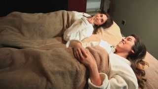 SPA PEDICURE: VIVIANNA & LILY PEBBLES