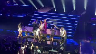 Christina Aguilera - Woohoo (Live in Boston)
