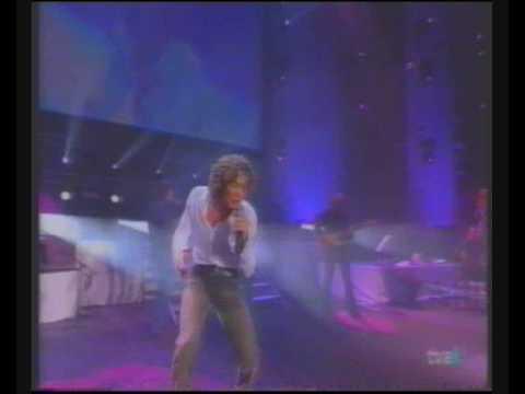 Un Amor que viene y va - David Bisbal En Directo (Concierto Sant Jordi 2002)