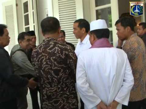 """Video 12 Feb 2014 Gub Jokowi menghadiri undangan Launching buku """"Memompa Ban Kempis"""""""