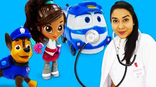 Spielzeug Video auf Deutsch. Kay, Chase und Puppe Nella bei Doktor Aua. Kindervideo mit Spielzeugen