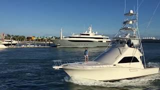 Boat rides in miami bayside