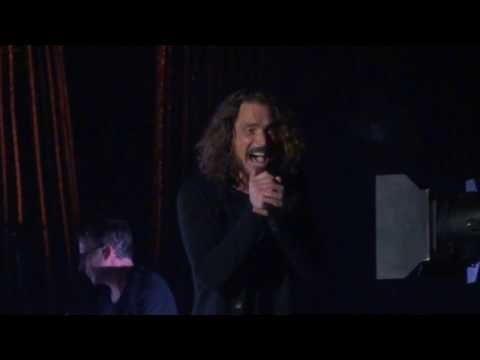 Temple of the Dog - Pushin Forward Back - Live at The Forum in Los Angeles on 11/14/16