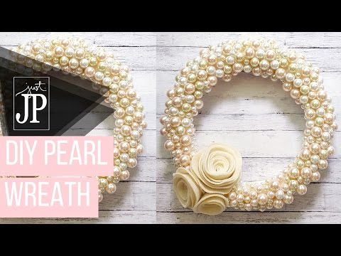 How to Make a Romantic Pearl Wreath