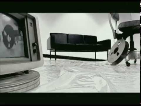 Download Λάμπης Λιβιεράτος - Ποιός είναι αυτός - Official Video Clip HD Video