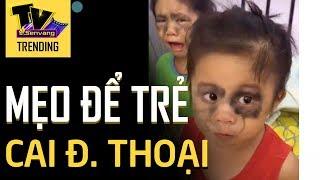 Clip 2 đứa bé 'KHÓC THÉT' vì mắt thâm quầng khi mới ngủ dậy vì trước đó sử dụng Điện Thoại của mẹ