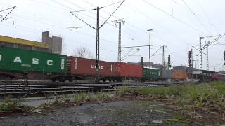 preview picture of video '139 285-1 EGP mit Containerzug durch Lehrte am 08.01.2015'