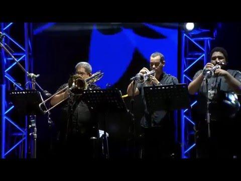 Rubén Blades con Roberto Delgado & Orquesta en vivo - Sin Tu Cariño.