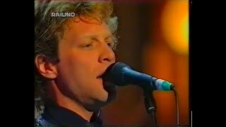 Jon Bon Jovi - Janie Don't Take Your Love To Town (Modena 1998)