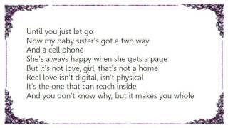Kelly Rowland - Love Lives In Strange Places Lyrics