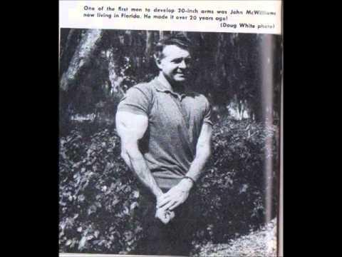 Le bodybuilding de lentraînement arnold