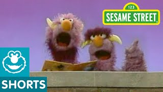 Sesame Street: Two Headed Monster Reads A Story
