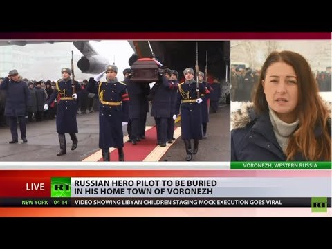 Died a hero: Hundreds pay last respects to brave Russian pilot killed in Syria