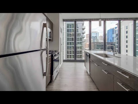 A River North 15-tier 2-bedroom, 2-bath at Gallery on Wells