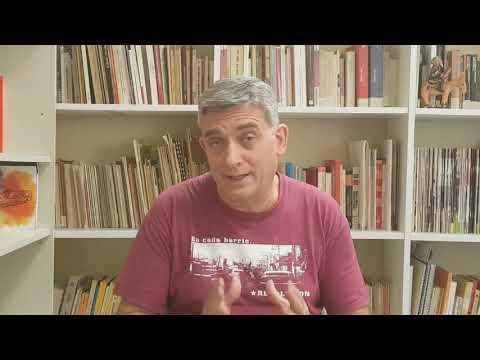 Responsable de Política Internacional de Izquierda Unida, de España, saludando el 40/19