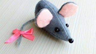 How To Sew A Cute Felt Mouse - DIY Crafts Tutorial - Guidecentral