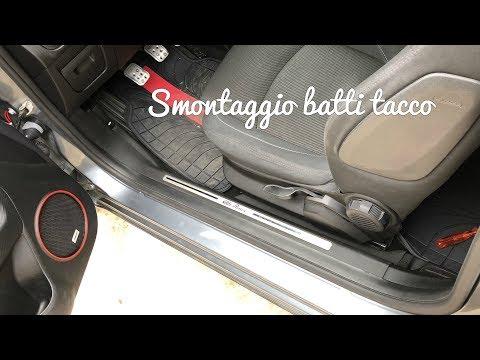 Smontaggio batti tacco per passaggio cavi subwoofer e tanto altro su Alfa Romeo MiTo