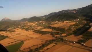 preview picture of video 'Vuelo en ultraligero en Santa Cilia (Jaca)'
